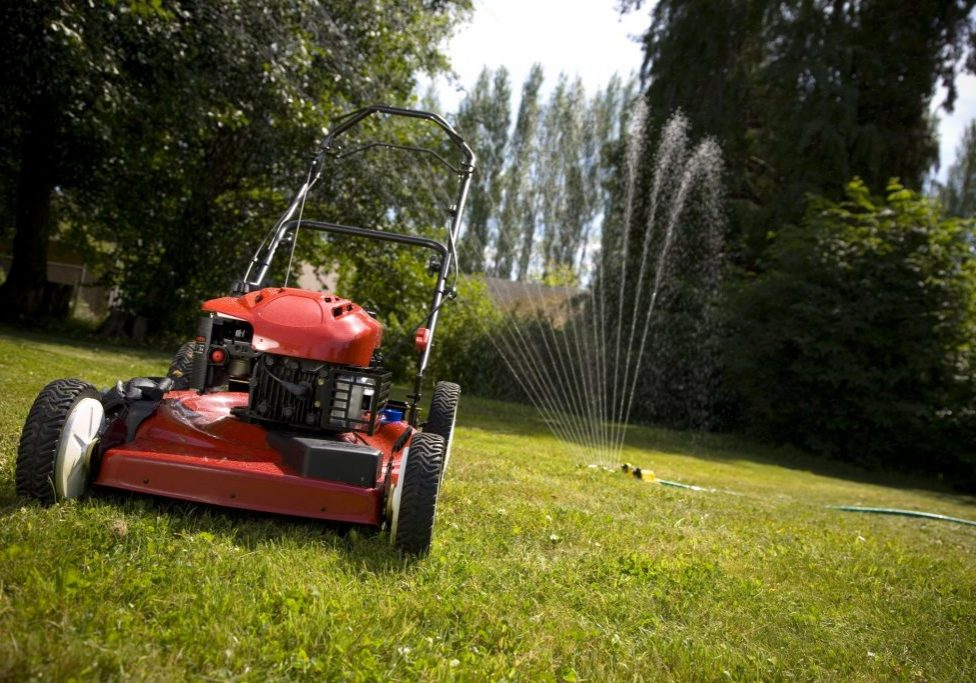 mowing brisbane